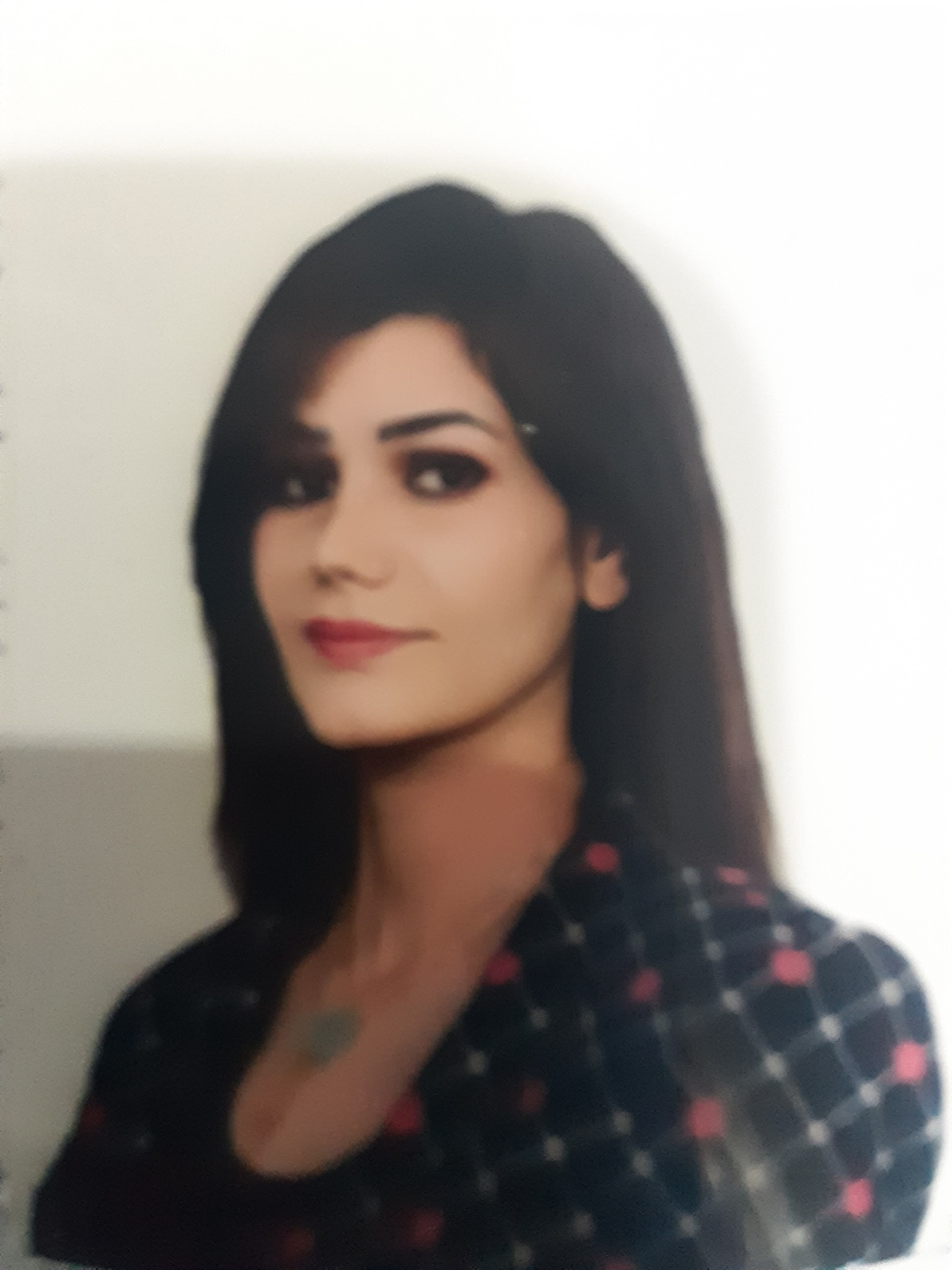 سارة حسين